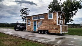 pet-friendly-tiny-house
