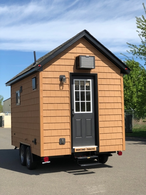 very-tiny-house