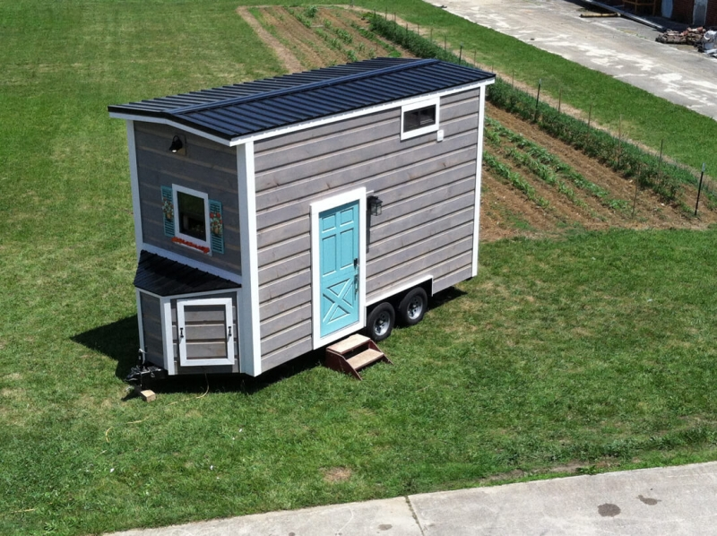 tiny-house-envy-coastal-cottage