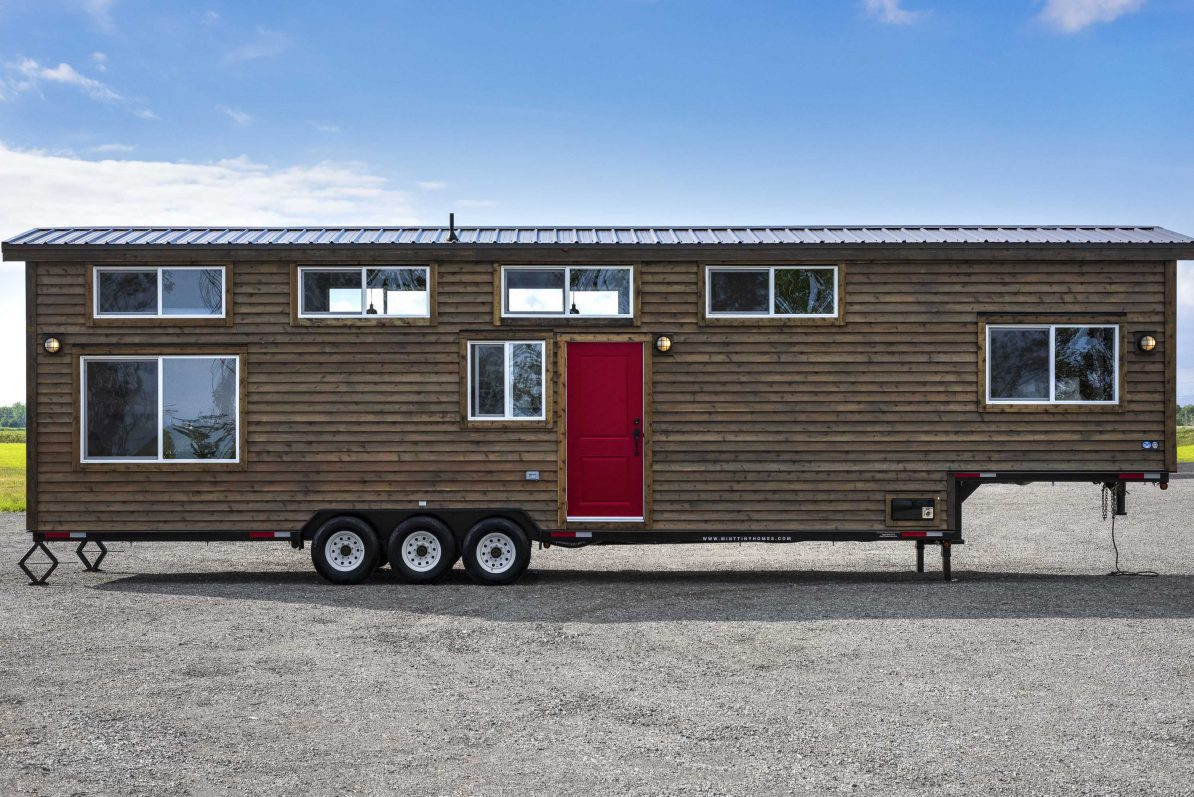 tiny-house-envy-canada-goose