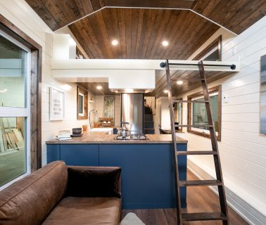 tiny-house-envy-serendipity