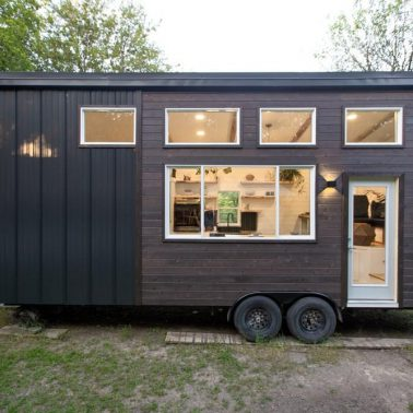 Tiny House Envy 26' house