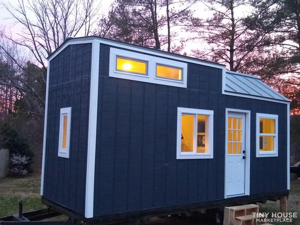 tiny house envy 20' student living