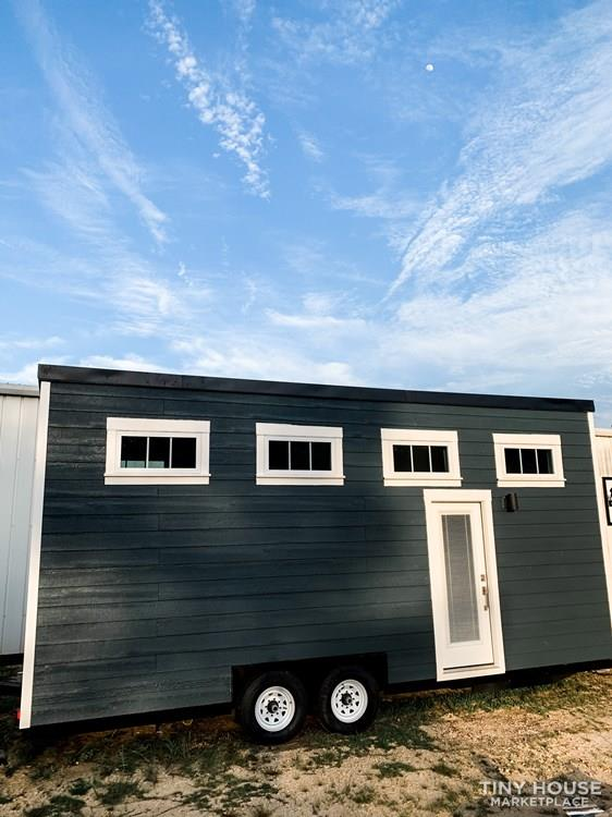 tiny house envy craftsman
