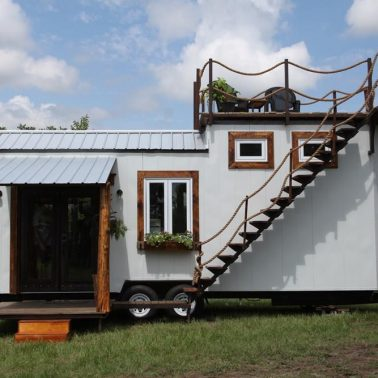 tiny house top deck